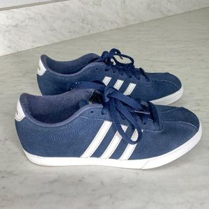 Adidas suede navy Courtset Sneakers